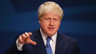 Boris Johnson a renunțat la cetățenia americană