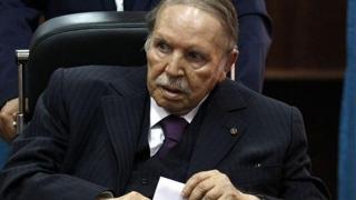 Algeria: Alegerile prezidenţiale, amânate pe termen nedefinit