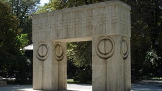 Operele lui Constantin Brâncuşi nu mai pot fi atinse