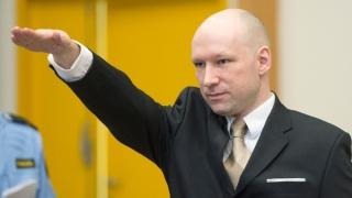 """Breivik susține că izolarea din închisoare l-a făcut să devină """"mai radical"""""""