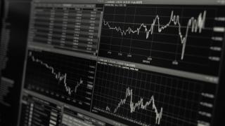 Bursele scad, din cauza temerilor legate de al doilea val al pandemiei