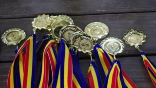 12 premii la Olimpiada Pluridisciplinară Tuymaada 2017 pentru elevi români!