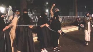 19 femei arse de vii de SI, pentru că au refuzat sclavia sexuală