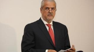 Adrian Năstase trimite procurorii la uşa unuia dintre duşmanii săi