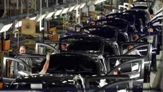 Dacia pune umărul la profitul Renault