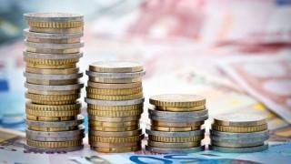 Banii străinilor fug de România