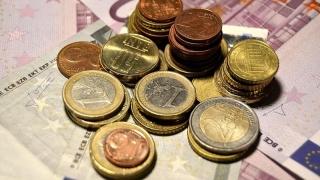 Rezerva valutară bate pasul pe loc