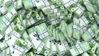 Centenarul Marii Uniri cu cheltuială se ține