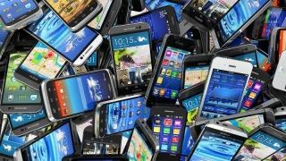 Piața smartphone, mai smart decât clienții