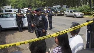 32 de cadavre și nouă capete în gropi comune clandestine din Mexic