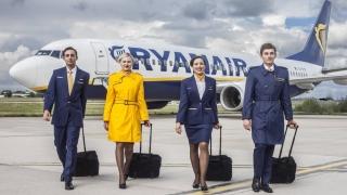 385 de posturi pentru însoțitori de zbor așteaptă să fie ocupate