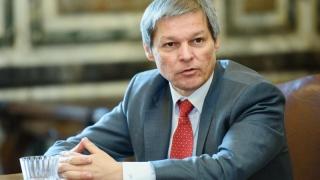 Cioloș îi plimbă cu vorba pe liberali