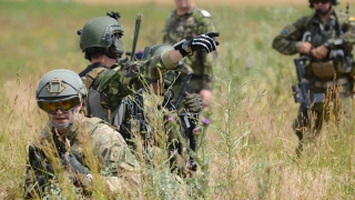 Dezvăluiri incredibile! Armata, implicată în realegerea lui Băsescu în 2009?