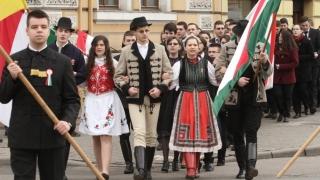 Limba maghiară, în administrație? Pohta-n cui, UDMR!