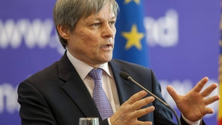 USR îi trântește ușa în nas lui Cioloș, deocamdată!
