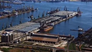 49 milioane tone de mărfuri operate în porturile maritime românești
