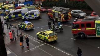 Doi cetăţeni români, răniţi în atacul din centrul Londrei