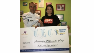 """8.000 de lei donați de participanții la cursa """"Family Run"""" a Maratonului Nisipului"""