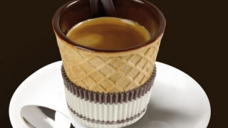 Ceașca de cafea care se poate mânca