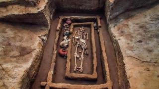 A fost descoperit un cimitir al giganţilor! Vezi unde!