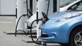 Constanța va avea stații de încărcare a mașinilor electrice. Cine le va folosi?