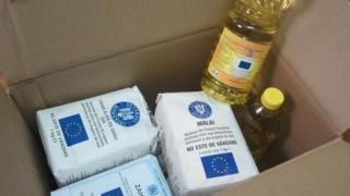Alimentele de la UE, distribuite primăriilor