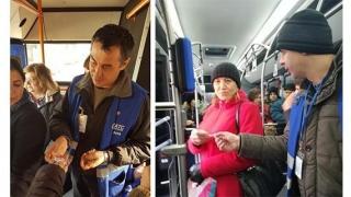 """Călătoarele din autobuze, """"amendate"""" de controlorii RATC"""