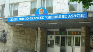 Alertă cu bombă la un liceu din Chișinău