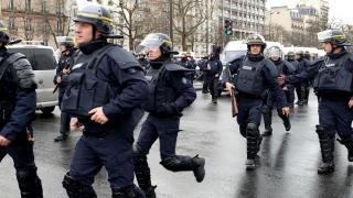 Amenințare cu bombă la Paris