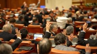 Legea privind construcţia Autostrăzii Iaşi - Târgu Mureş, adoptată cu susţinere aproape unanimă