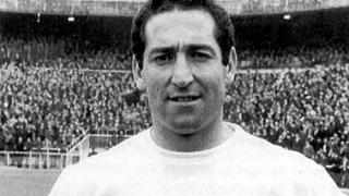 A murit Raymond Kopa, legenda fotbalului francez