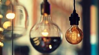 Gazele și electricitatea se scumpesc pentru că le pasă de noi (?!?)