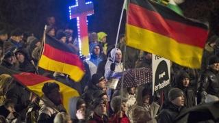 Apel la manifestații împotriva islamului pe 6 februarie, în 14 țări