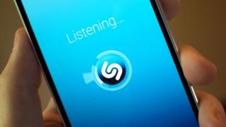 Aplicații care te ajută să recunoști ce melodie rulează la radio sau TV