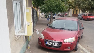 A priponit mașina de țevile de gaze naturale (?!)