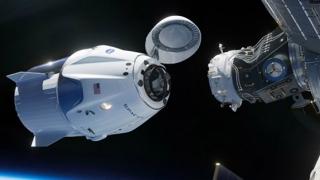 Capsula Crew Dragon s-a conectat la Staţia Spaţială Internaţională