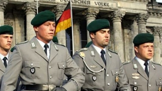 Armata germană, reformată după descoperirea unor elemente de extremă dreapta