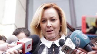 Carmen Dan nu-şi dă demisia: Guvernul este politic!