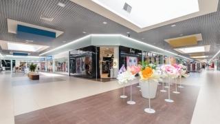 Centrul comercial TOM din Constanța a fost modernizat și își așteaptă vizitatorii cu prima expoziție interactivă și educativă pentru copii,