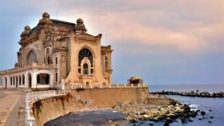 Artă contemporană la Cazinoul din Constanţa: Sincronic 2016