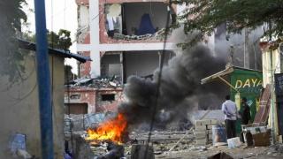 Atac terorist la un hotel din capitala Somaliei