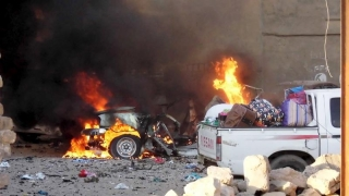 Atac terorist sângeros asupra unei baze militare din Irak