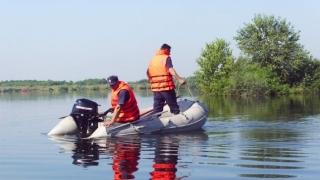 Dispărut în Dunăre, căutat peste 10 ore de polițiști și pompieri