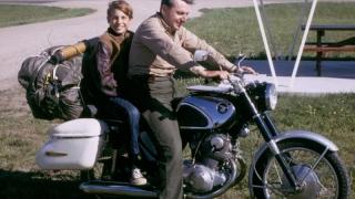 """Autorul celebrului roman """"Zen și arta reparării motocicletei"""" a încetat din viață"""