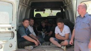 Au vrut să intre cu forţa în România, dar au fost prinşi de poliţiştii constănţeni!
