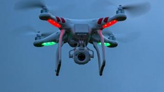 Avion militar pe urmele unei drone... nărăvașe, în Franța