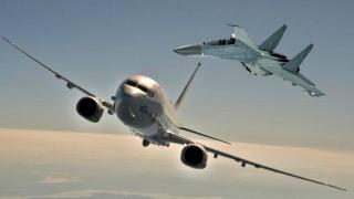 Avion SUA, interceptat deasupra Mării Chinei de Sud