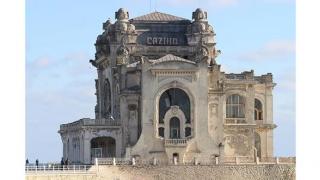 """""""Cazinoul e într-o veritabilă paragină, iar CNI mimează organizarea de licitații"""""""