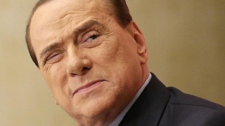 Berlusconi, internat în spital