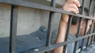 Îngrijorător: Tot mai mulți minori judecați pentru infracțiuni contra persoanei